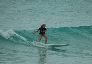 007 Girls Surf Lesson Outing